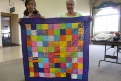 Joannes-granddaughter-Annas-charity-quilt