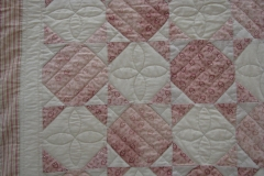AMQG-Reproduction-Quilt-close-up-2.031